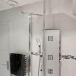 8-interior cabina de dus baie moderna dupa renovare