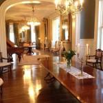 8-living clasic spectaculos dupa renovare casa james lee house