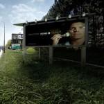 8-locuinta sociala amenajata in interiorul unui cub cu panouri publicitare