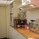 8-mobila bucatarie casa mica 17 mp Vancouver Canada