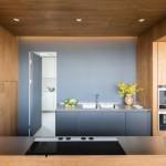 8-mobila gri cu lemn bucatarie moderna mare