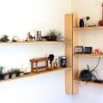 8-model proiectare polite in coltul unei camere din casa