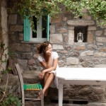 8-proprietara casei din piatra de pe insula Lesvos Grecia