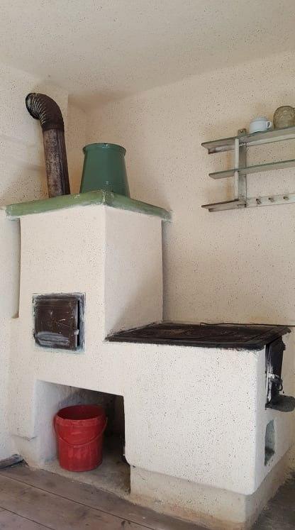 8 soba caramida cu plita si cuptor bucatarie de vara