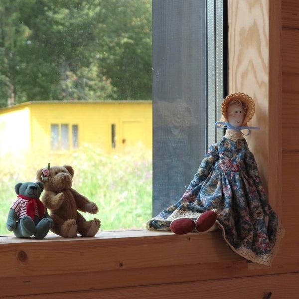 8-tamplarie din lemn cu geamuri termopan casa prefabricata Arca