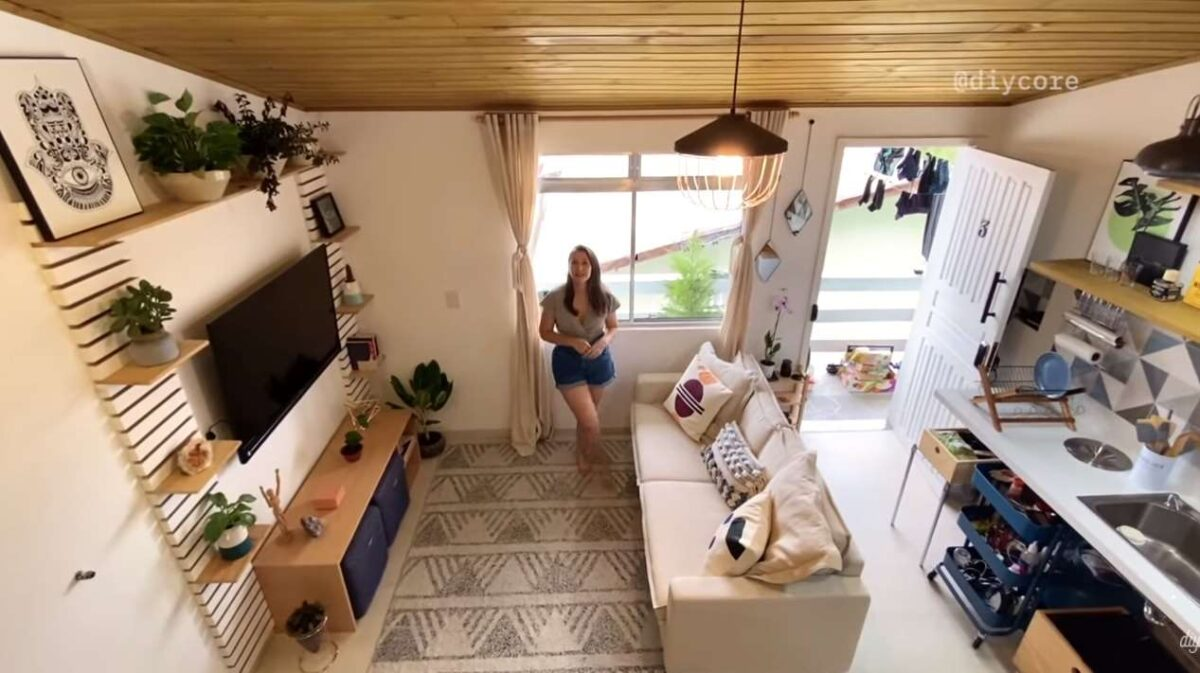 8-vedere-dormitor-loft-zona-living-bucatarie-studio-38-mp