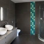 9-baie moderna gri accent mozaic turcoaz