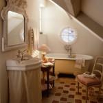 9-baie rustica amenajata in stil Provence interior casa veche Franta