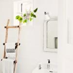 9-baie rustica suport prosoape din scara de lemn
