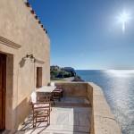 9-balcon cu vedere la mare apartament hotel Malvasia din Monemvasia Grecia