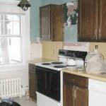 9-bucatarie ingusta apartament inainte de transformare