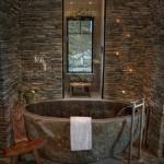 9-cada si pereti din piatra naturala baie rustica de lux