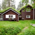 9-casa din lemn construita in 1945 restaurata integral
