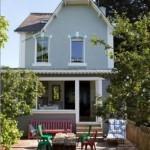 9-casa mica cu mansarda in stil rustic maritim