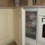 9-congelator integrat sub blatul mobilierului de bucatarie