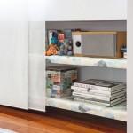 9-detaliu mobila biblioteca living apartament 2 camere Madrid