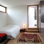 9-dormitor casa mica 62 mp demisol si parter