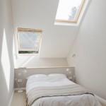 9-dormitor cu ferestre in tavan casa foarte ingusta 2-3 metir latime