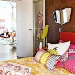 9-dormitor modern accente retro colorate apartament Madrid Spania