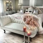 9-dormitor romantic accente stil eclectic cu banca otoman la picioarele patului