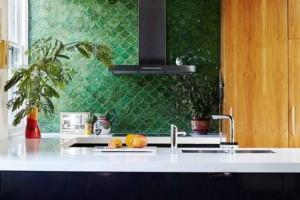9-exemplu faianta model solzi de peste culoare verde amenajare bucatarie