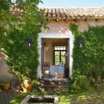 9-exterior casa din piatra restaurata de Mikel Larrinaga