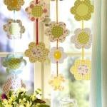 9-ghirlande colorate din flori de hartie decor de vara pentru ferestrele din bucatarie