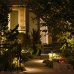 9-iluminat nocturn curte frumoasa