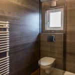 9-interior baie moderna cu cabina dus casa mobila noua Anna model 2018 Rot Resort
