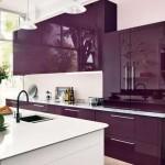 9-mobila bucatarie violet cu alb design modern