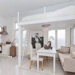 9-pat matrimonial construit deasupra locului de luat masa din living