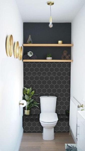 perete accent negru baie moderna mica