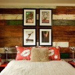 9-perete dormitor placat cu scanduri vechi din lemn