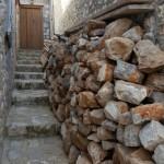 9-pietre ce urmeaza a fi folosite la constructia unei case pe insula Hydra