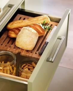 9-sertar compartimentat pentru paine si produse de panificatie