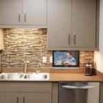 9-televizor cu lift incorporat in dulapurile superioare mobila bucatarie