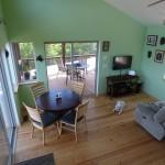 9-vedere de sus living si loc de luat masa casa mica din lemn 65 mp