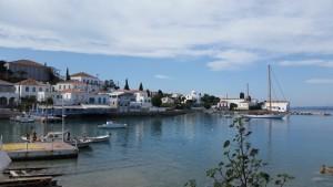 9-vedere spre oras din portul vechi Spetses