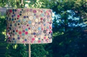 abajur lampadar vintage handmade decorat cu nasturi