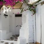 accesul intr-un restaurant de pe insula Mykonos