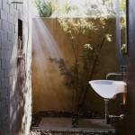 amenajare dus de exterior in stil minimalist japonez