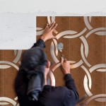 aplicare placi decorative faianta ultrasubtiri din polimer beton si metal decotal