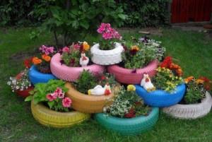 aranjament floral decorativ gradina din cauciucuri vechi vopsite