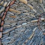 aranjare piatra naturala rau pentru a crea iluzia de perete in miscare