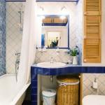 Finisaje, mobilier si accesorii intr-o baie in stil clasic