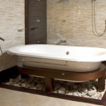 baie moderna decor piatra naturala