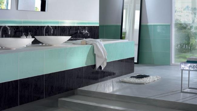 baie moderna decorata in bleu negru si gri