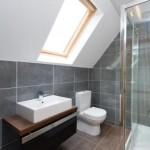 baie moderna mansarda casa