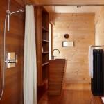 baie rustica moderna placata intgral in lemn tratat anti umezeala