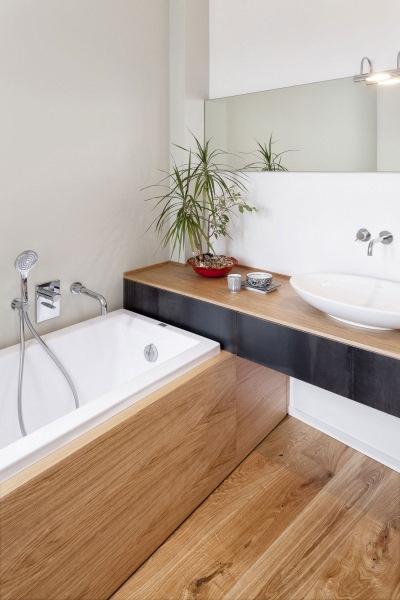 baie stil minimalist apartament